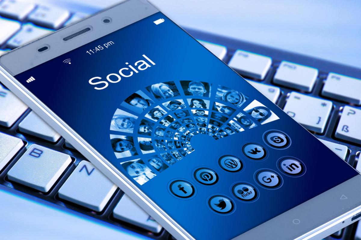 Posteos en redes sociales: Facebook e Instagram